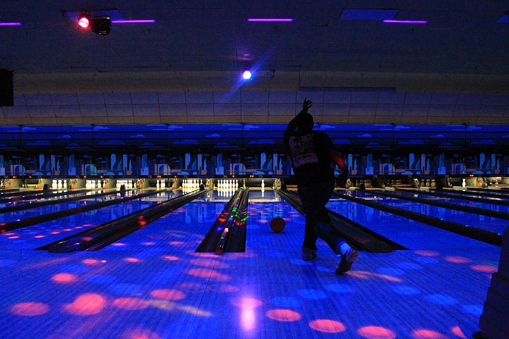 Spöa polarna i Bowling på Strike & Co