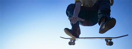Skejta i  Partilles Skatepark